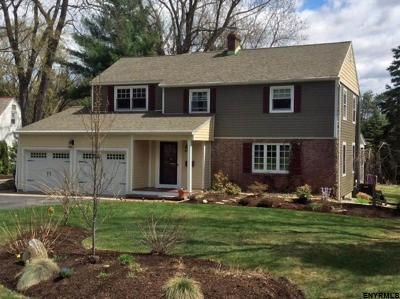 Colonie Single Family Home For Sale: 26 Loudon Pkwy