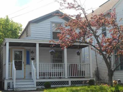 Albany Single Family Home For Sale: 252 Yates St