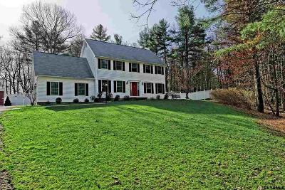 Rensselaer County Single Family Home For Sale: 52 Avon Ct