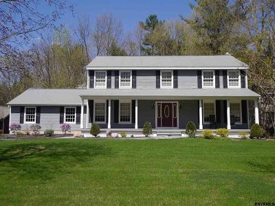 Wilton Single Family Home For Sale: 15 Hearthstone Dr