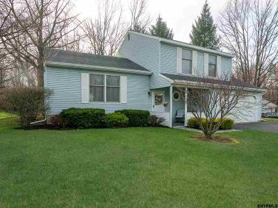 Waterford Single Family Home For Sale: 22 Birch Glen Dr