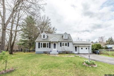 Guilderland Single Family Home For Sale: 3010 Spawn Rd
