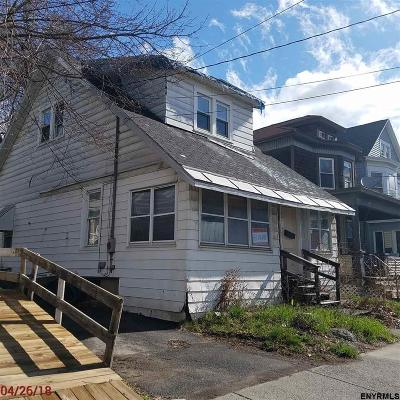 Albany Single Family Home For Sale: 387 Second Av