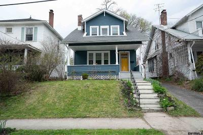 Single Family Home For Sale: 20 Fairlawn Av