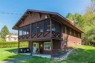 Northampton Tov, Mayfield, Mayfield Tov Single Family Home For Sale: 492 County Highway 113