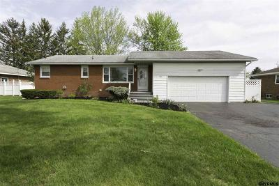 Single Family Home For Sale: 27 Louise Dr