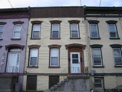 Troy Single Family Home For Sale: 29 Jefferson St