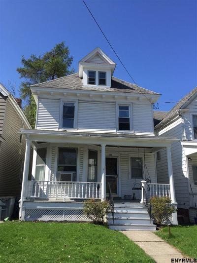 Albany NY Single Family Home For Sale: $134,900