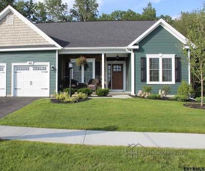 East Greenbush Single Family Home For Sale: 13 Oriel La