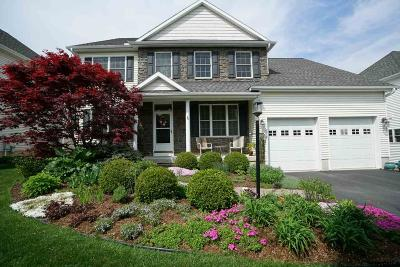 Colonie Single Family Home For Sale: 16 Yardley Ct