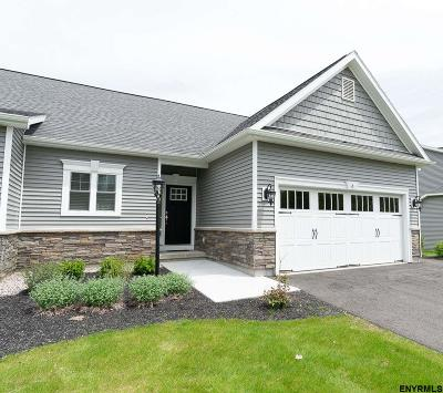 Single Family Home For Sale: 6 Flanders Ln