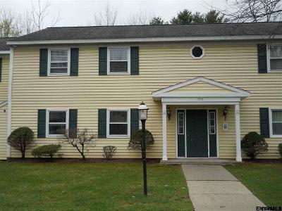 Colonie Single Family Home For Sale: 111 Cedarview La