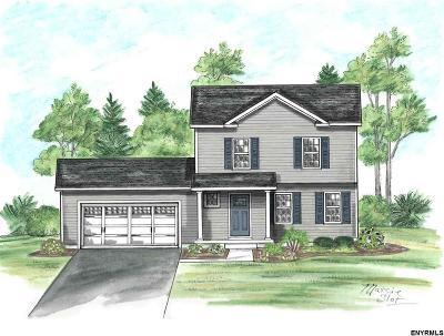 Saratoga County, Warren County Single Family Home For Sale: 3 Heather La