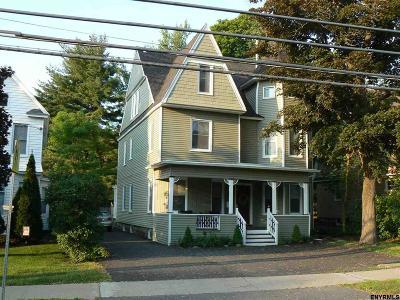Niskayuna Single Family Home For Sale: 1817 Union St