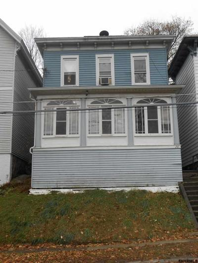 Cohoes Single Family Home For Sale: 28 Younglove Av