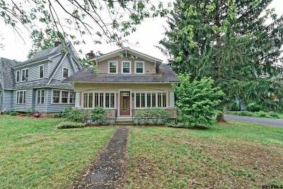 Niskayuna Single Family Home For Sale: 2100 Grand Blvd