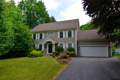 Niskayuna Single Family Home For Sale: 2250 Algonquin Rd