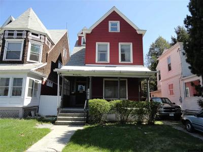 Albany Two Family Home For Sale: 1067 Madison Av