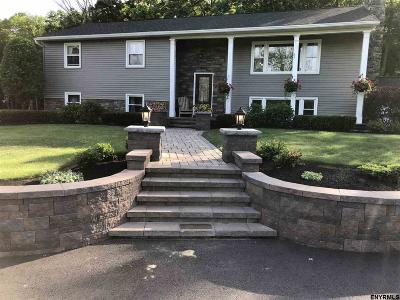 Voorheesville Single Family Home For Sale: 331 Upper Flat Rock Rd