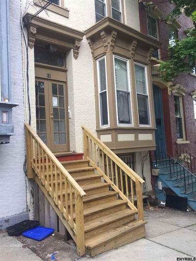 Albany Multi Family Home For Sale: 11 Myrtle Av