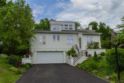 Saratoga County Single Family Home For Sale: 6 Cedar Bluff Ct