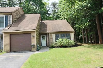 Wilton Single Family Home For Sale: 7 Whispering Pines