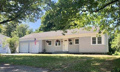 South Glens Falls Single Family Home For Sale: 16 Charles St