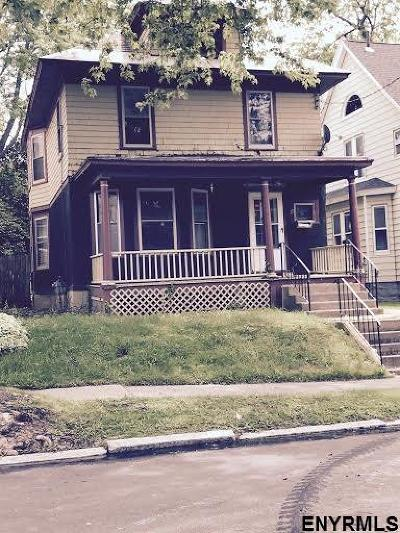 Schenectady Single Family Home For Sale: 29 Columbia St
