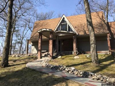 Columbia County Single Family Home For Sale: 10 Hidden Acres Rd