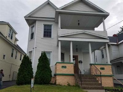 Schenectady Single Family Home For Sale: 1136 State St