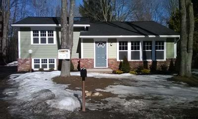 Saratoga Springs Single Family Home For Sale: 7 St Charles Pl