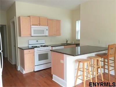 Albany Rental New: 262 Yates St