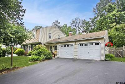 Bethlehem Single Family Home For Sale: 72 Parkwyn Dr