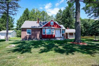 Schenectady County Single Family Home For Sale: 24 Gould Dr
