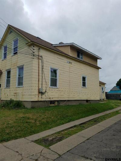 Schenectady Multi Family Home New: 961 Francis Av