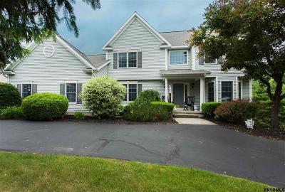 Halfmoon Single Family Home For Sale: 18 Oregon Trl
