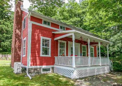 Chatham Single Family Home For Sale: 4 Cotter Rd