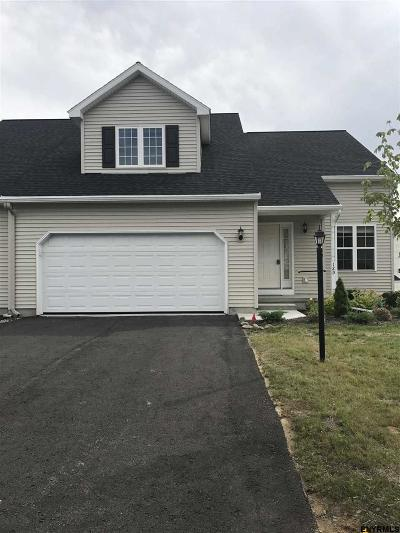 Halfmoon Single Family Home New: 12d Pointe West Dr