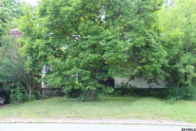 Glen Single Family Home For Sale: 11 Maple Av