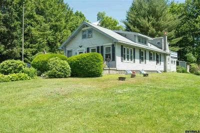 East Greenbush Single Family Home New: 14 Middlesex Rd