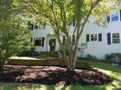 Bethlehem Single Family Home For Sale: 9 Woodstream Dr