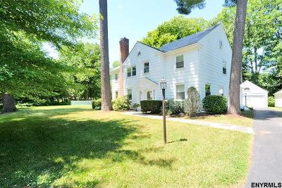 Niskayuna Single Family Home For Sale: 1541 Lexington Pkwy