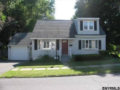 Gloversville Single Family Home For Sale: 334 Bleecker St