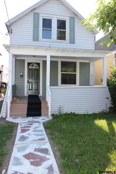 Albany Single Family Home For Sale: 38 Southern Blvd