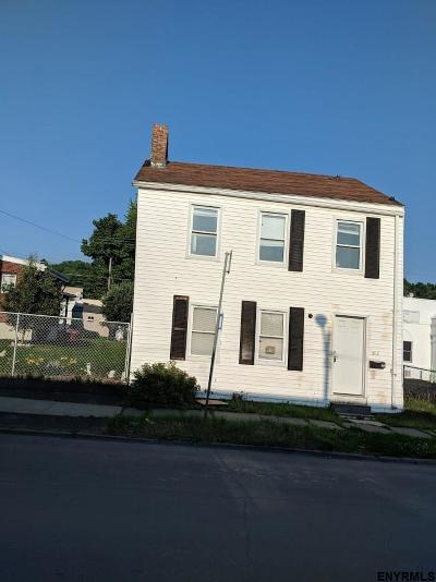 Troy Single Family Home For Sale: 362 2nd St