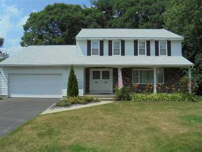 Saratoga Springs Single Family Home For Sale: 26 Walter Dr