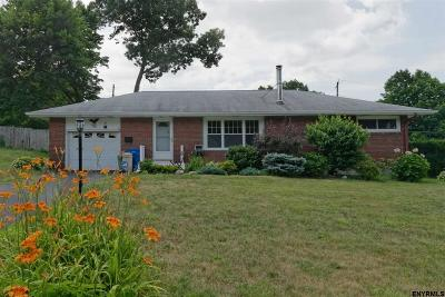 Albany Single Family Home For Sale: 6 Buttercup Ln