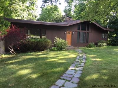 Glenville Single Family Home For Sale: 329 Closson Rd
