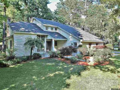 Wilton Single Family Home For Sale: 13 Heather Dr