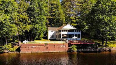 Albany County, Saratoga County, Schenectady County, Warren County, Washington County Single Family Home For Sale: 39 Green Briar Ln